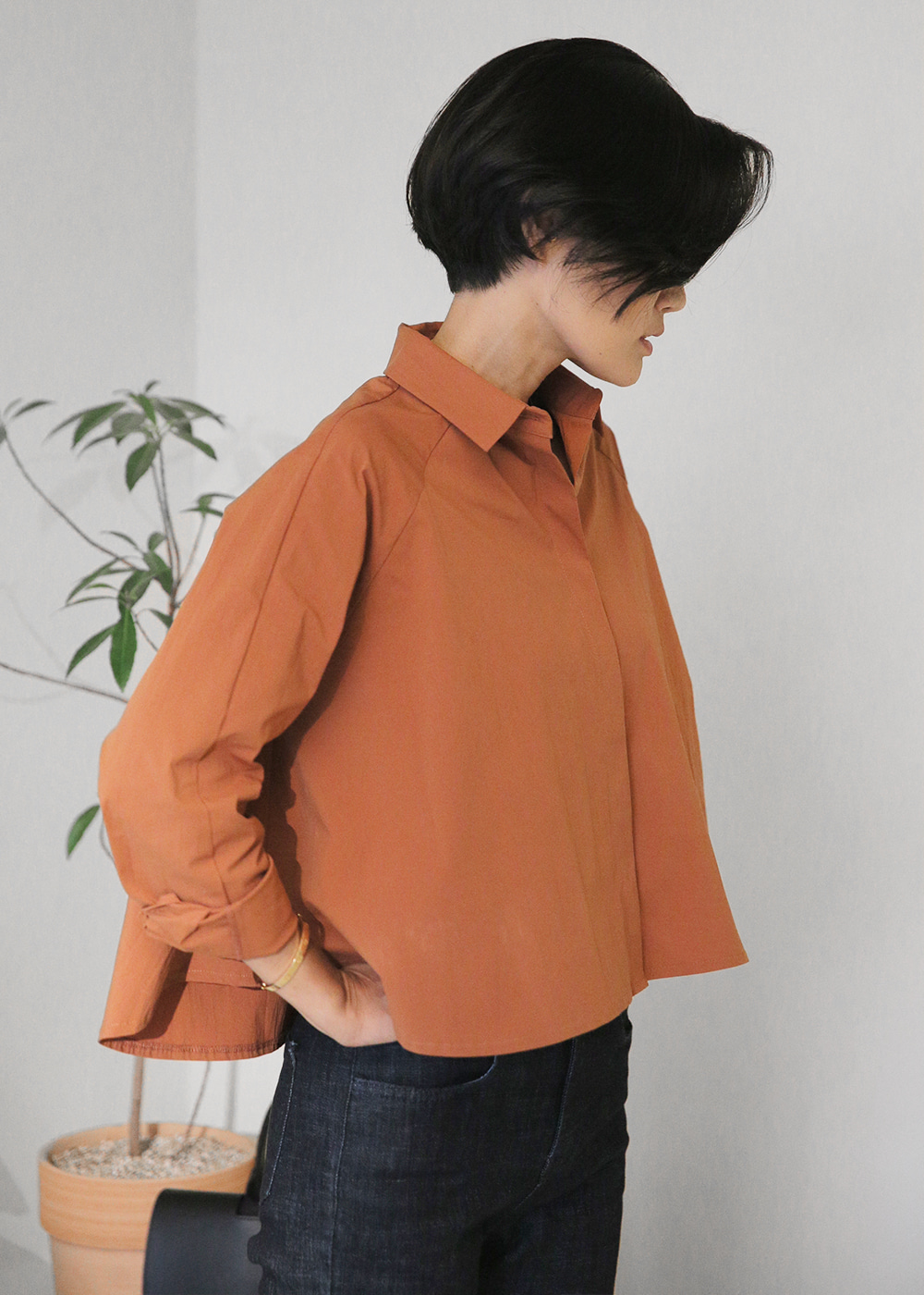 A Lined Crop Shirts